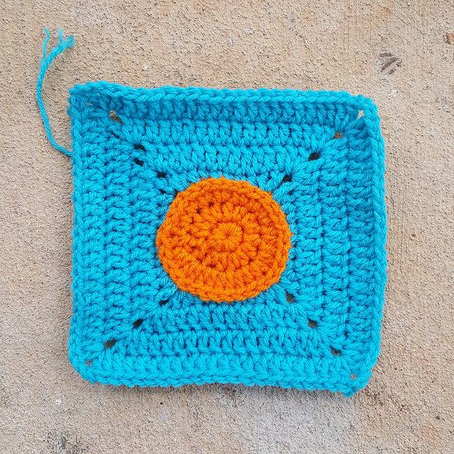 crochetbug, crochet circles, crochet square, crochet afghan, crochet blanket, crochet throw, miami dolphins