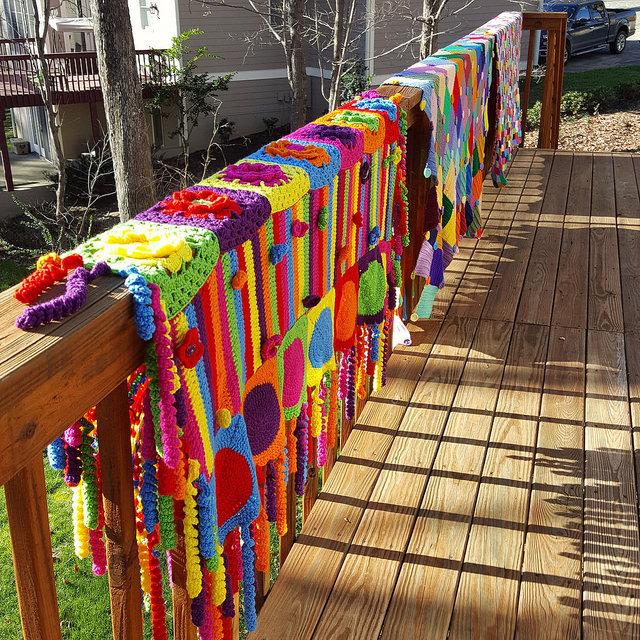 crochetbug, crochet squares, crochet afghans, crochet blankets, granny square afghan, granny square throw, granny squares