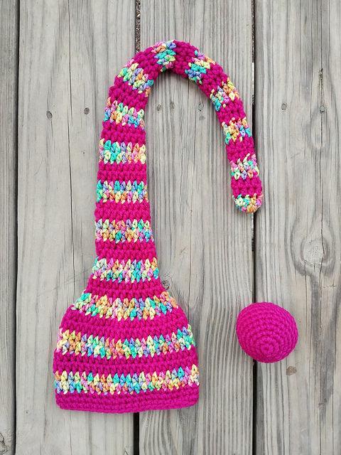 crochetbug, crochet hat, crochet stripes, crochet munchkin hat, ideal crochet sphere