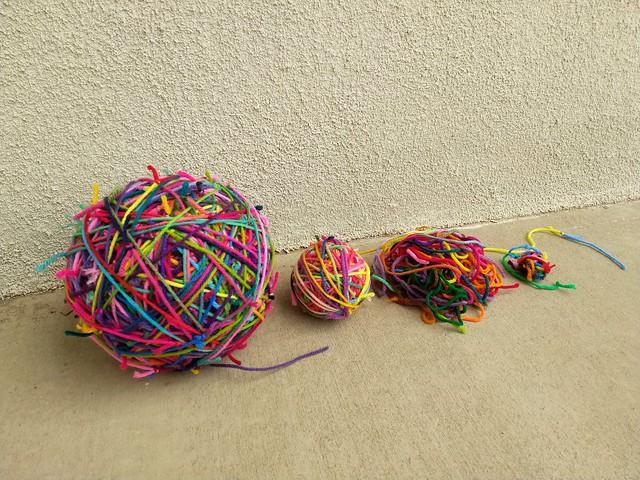 Yarn scraps in waiting