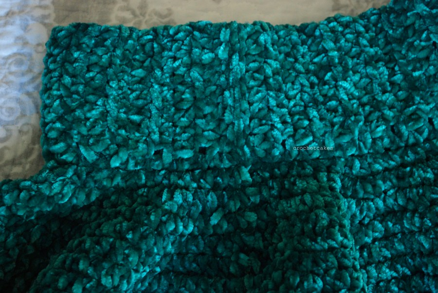 Velvet skirt, elastic waistband