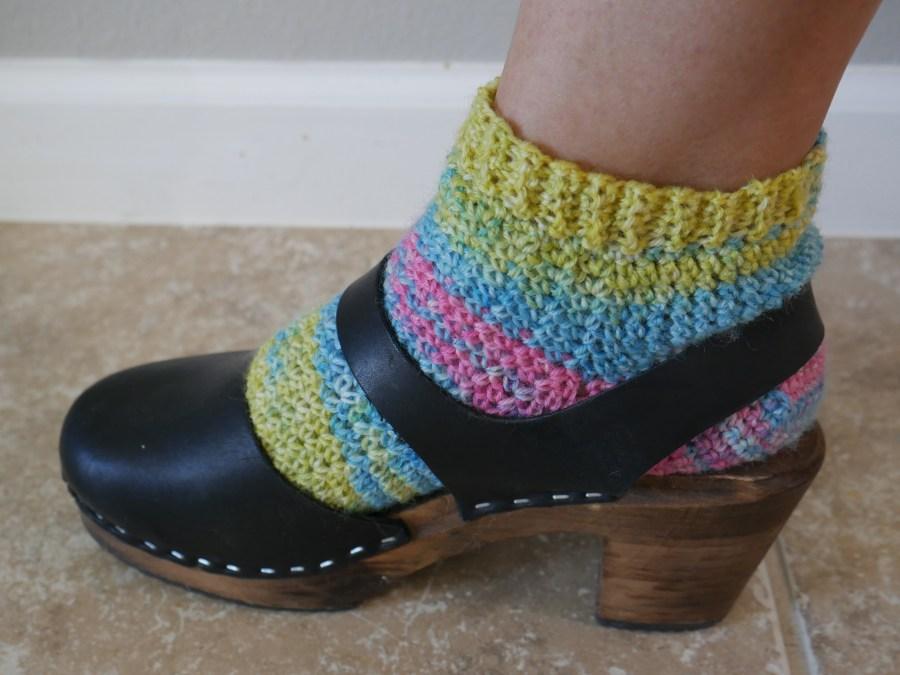 crochet socks with clogs