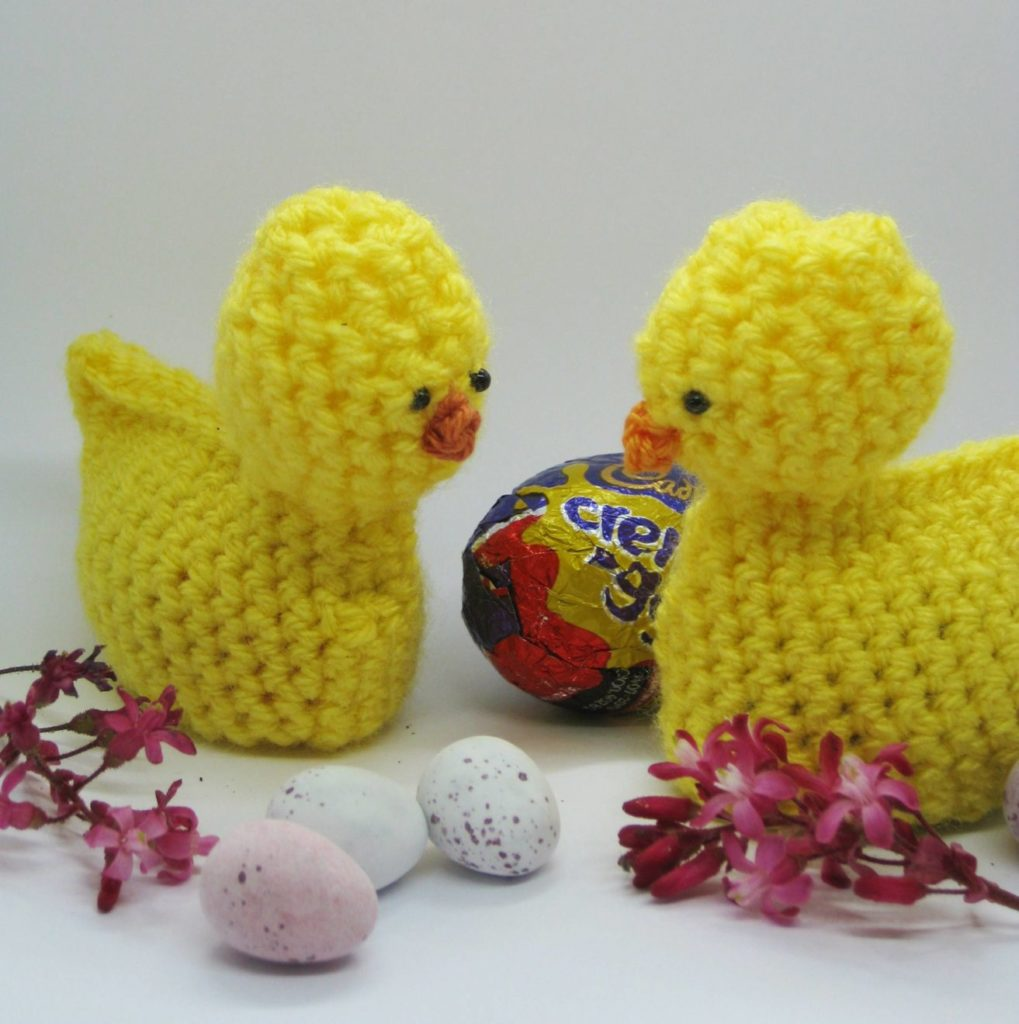 Free Crochet Pattern - Cream Egg Easter Chic