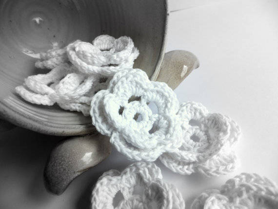 15 Crochet Wedding Favors To Give Your DIY Wedding Guests