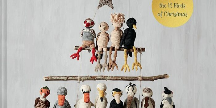 A Partridge in a Pear Tree: Crochet the 12 Birds of Christmas (Volume 9) (Edward's Menagerie)