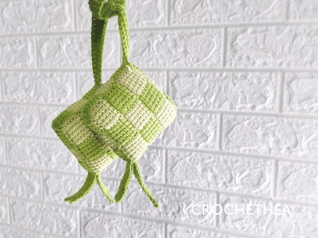 Amigurumi Ketupat with Entrelac Crochet Stitch