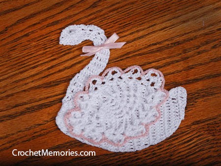 Pineapple Swan Embellishment Applique Free Crochet Pattern Crochetkim