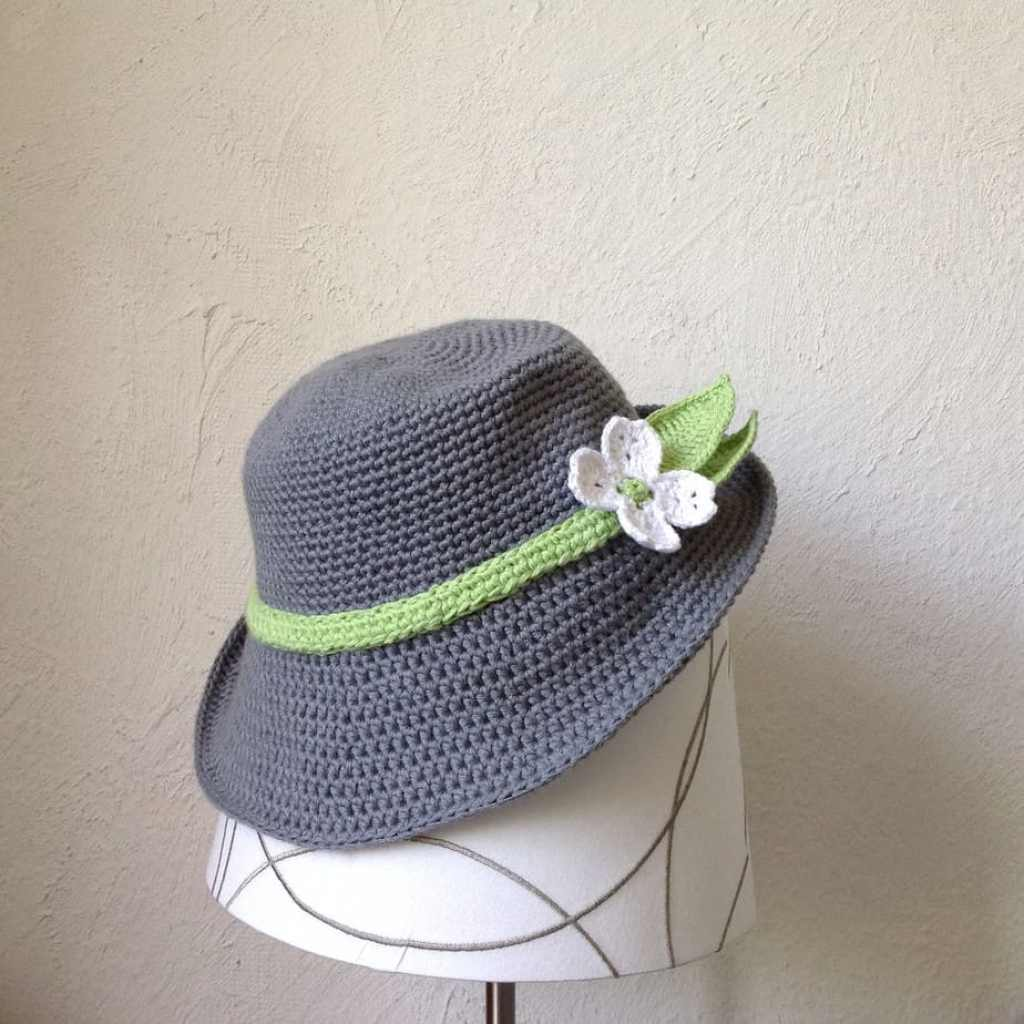 Free Crochet Pattern: Spring Hat