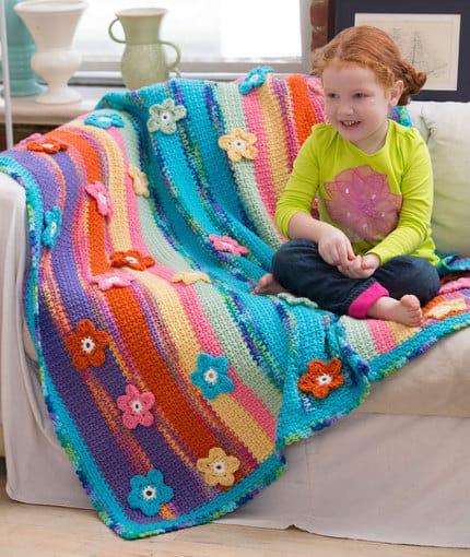 Free Crochet Pattern: Winter Lace Tree Skirt