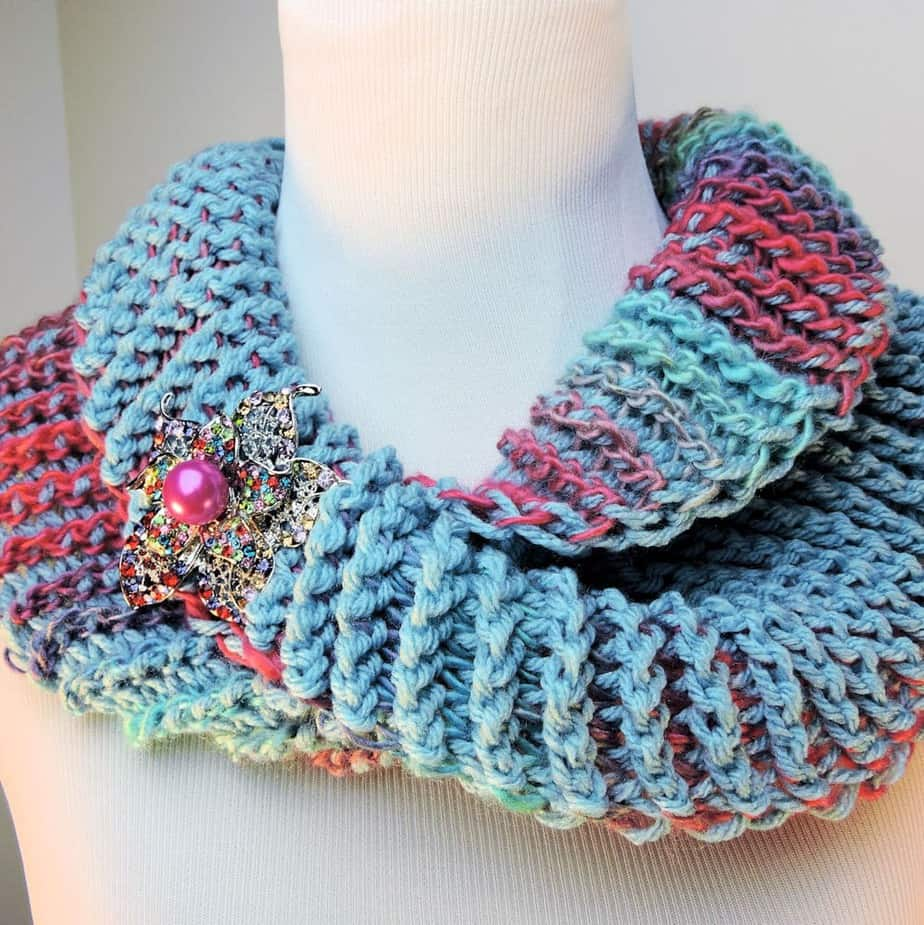 Dueling Colors Cowl CrochetKim Free Tunisian Crochet Pattern