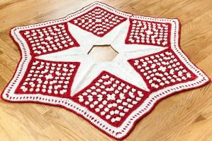 Free Crochet Pattern: Christmas Tree Skirt