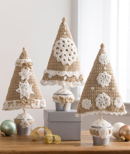 Free Crochet Patterns: Triangle Christmas Trees