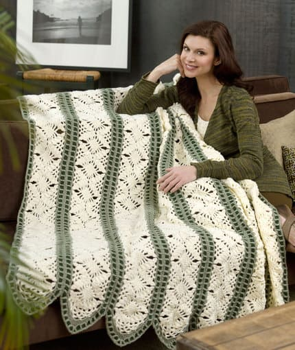 Free Crochet Pattern: Dreamy Throw
