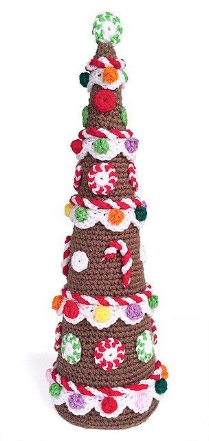 Free Crochet Pattern: Gingerbread Tree