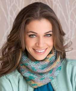 Free Crochet Pattern: Fair Isle Cowl