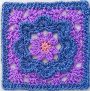 Free Crochet Pattern: Charming Square