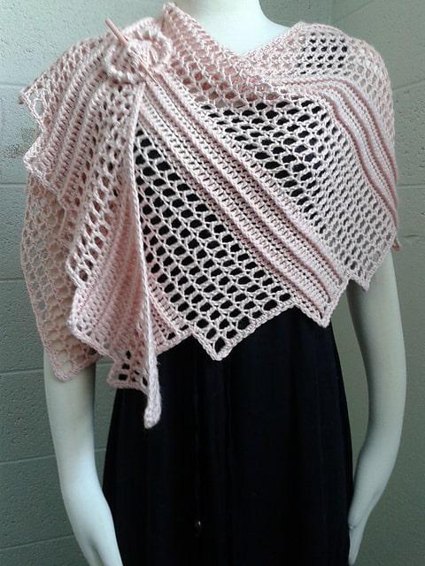 Lizard Wrap Free Crochet Pattern