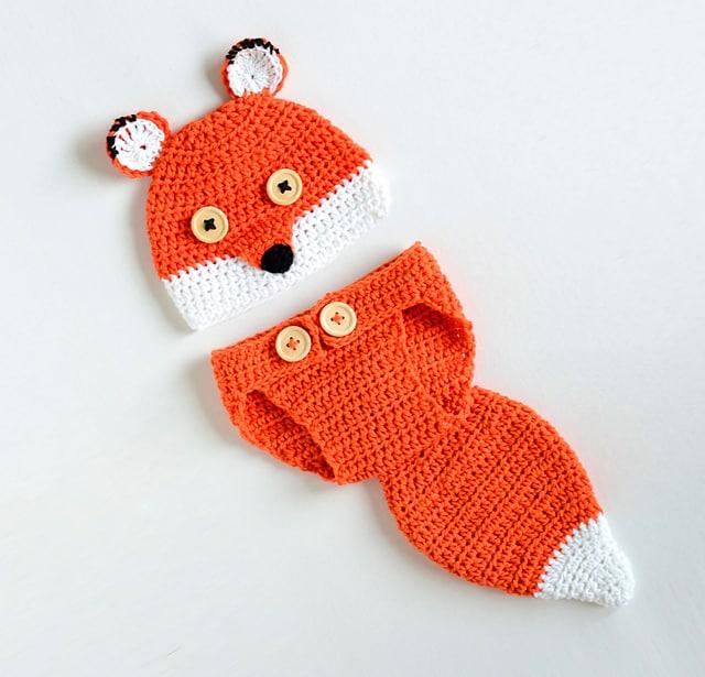 Free Crochet Pattern: Cute Fox Baby Photo Prop Set
