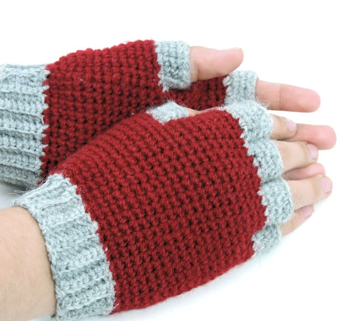 Jersey Mitts for Christian Free Crochet Pattern