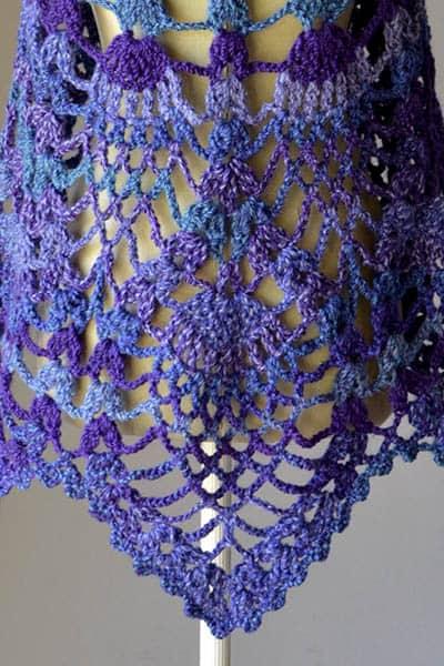 Free Crochet Pattern: Peacock Shawl