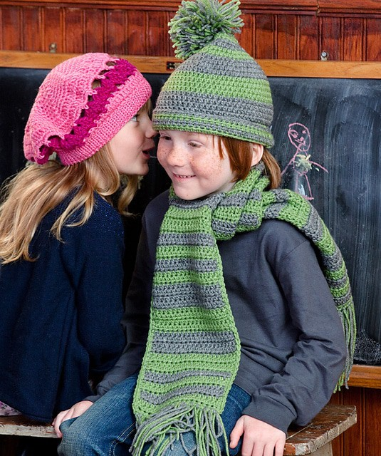 Little Girl's Beret and Wristers Free Crochet Pattern