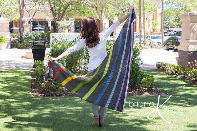 Free Crochet Pattern: Colorwheel Rainbow Shawl