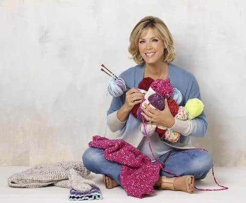 Free Crochet Pattern: Psychedelic Flower Throw with Deborah Norville