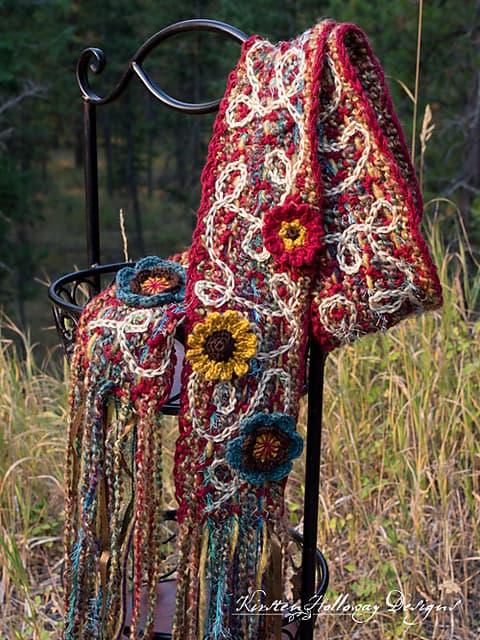 Free Crochet Pattern: Art 'N Soul Scrappy Scarf