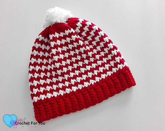 Link Blast: 10 Best Free Crochet Patterns for Pom Pom Beanies