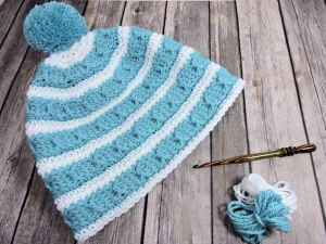 Cables Around Beanie | CrochetKim Free Crochet Pattern