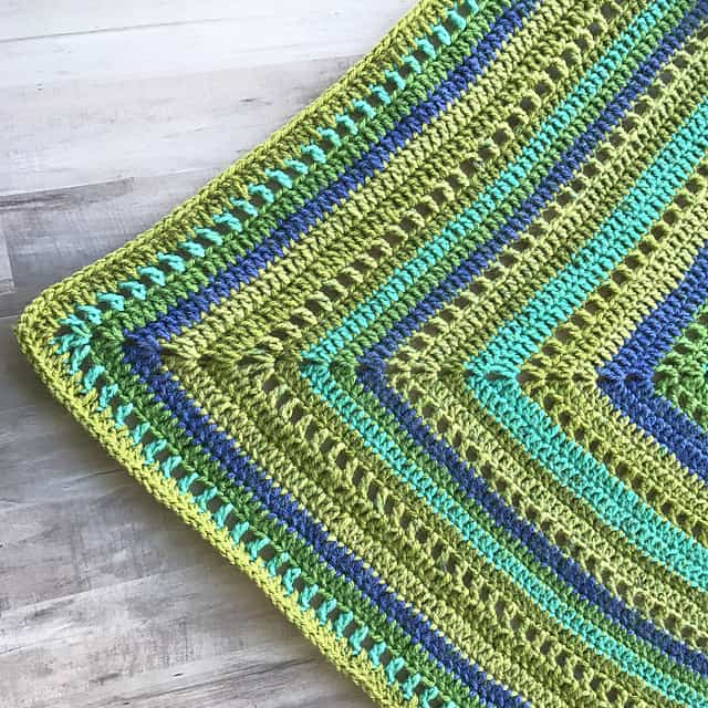 Free Crochet Pattern: Granny Filet Square Afghan