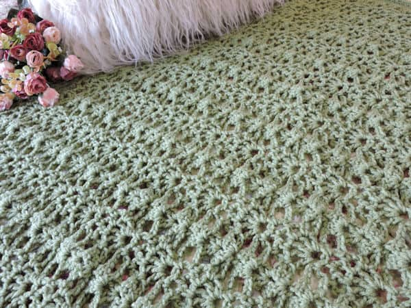 CrochetKim Free Crochet Pattern | Camelot Crossings Throw