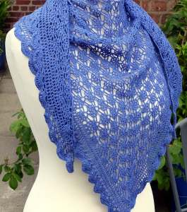 Link Blast: 10 Free Crochet Patterns for Laceweight Shawls