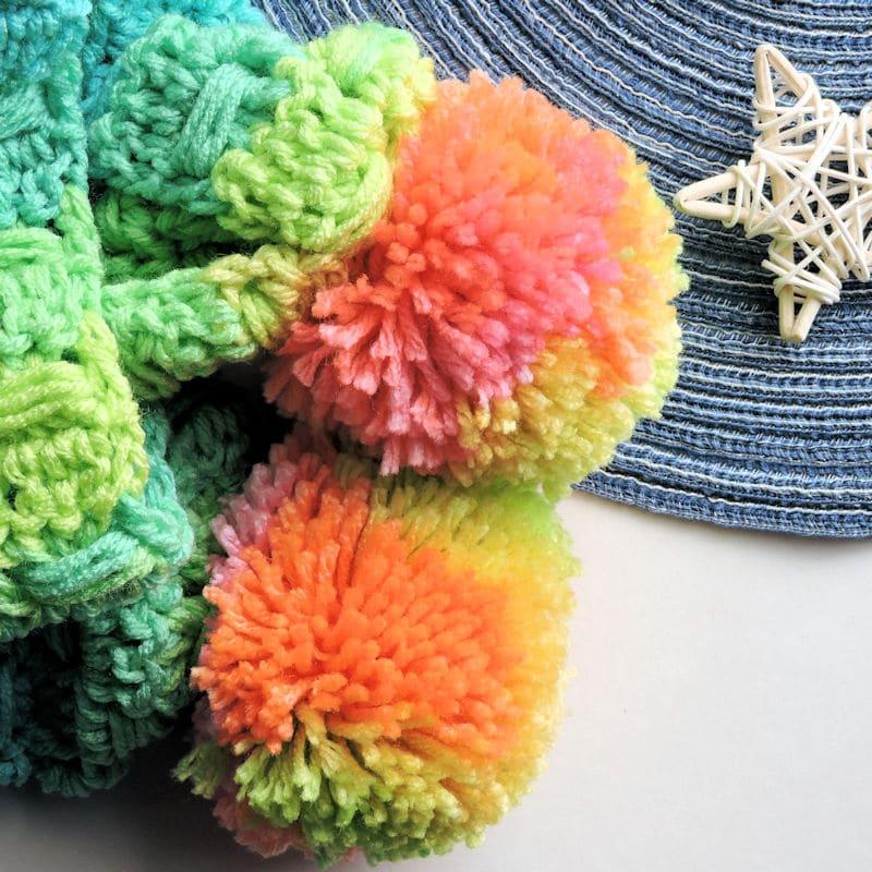 Unicorn Tracks Scarf | CrochetKim Free Crochet Pattern