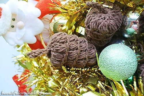 Link Blast: 10 Free Crochet Patterns for a Farmhouse Christmas Tree