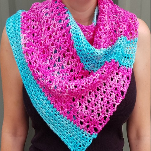 Link Blast: 10 Free Crochet Patterns for Asymmetrical Shawls