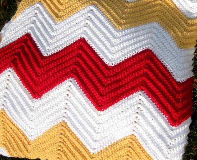 Chevron Zig Zag Crochet Pattern All Things Bright And Beautiful Chevron Blanket