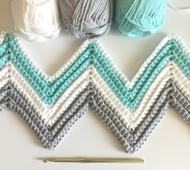 Chevron Zig Zag Crochet Pattern Single Crochet Chevron Blanket In Mint Gray And White Daisy Farm