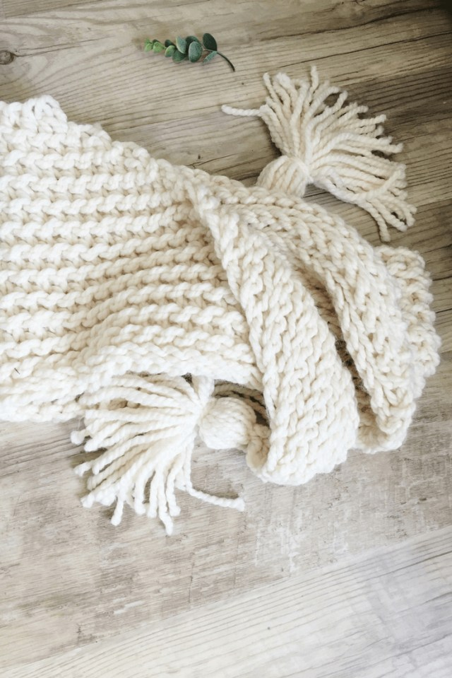 Chunky Crochet Scarf Pattern An Easy Crochet Triangle Scarf Pattern Thats Great For Beginners