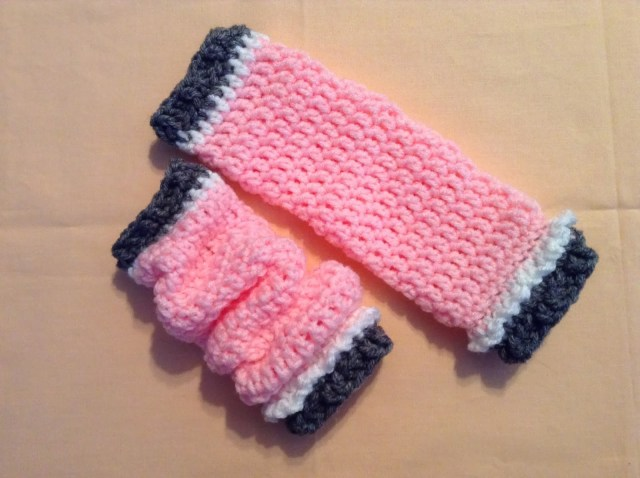 Free Crochet Leg Warmer Patterns The Shtick I Do Slouchy Leg Warmers For Infants With Pattern