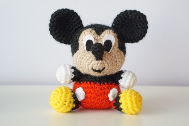 Mickey Mouse Inspired Hat & Diaper Cover | AllFreeCrochet.com | 427x640