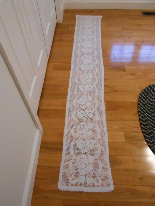 Free Crochet Table Runner Patterns Rose Table Runner Free Crochet Pattern Cobblerscabins Weblog