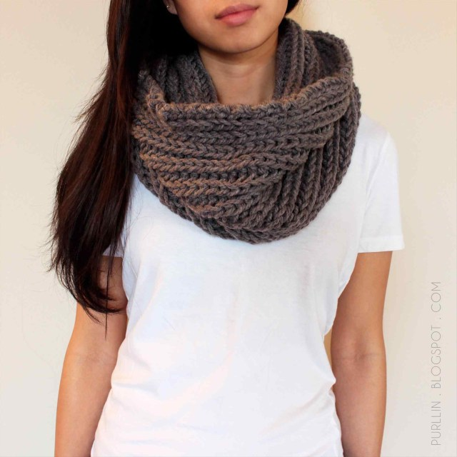 Snood Scarf Crochet Pattern Knitrhknittingmatterscom Quick And Easy Infinity Scarf Crochet