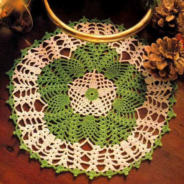 Unusual Crochet Patterns Festive Yuletide Pineapple Tidbit Doilycrochet Pattern Instructions