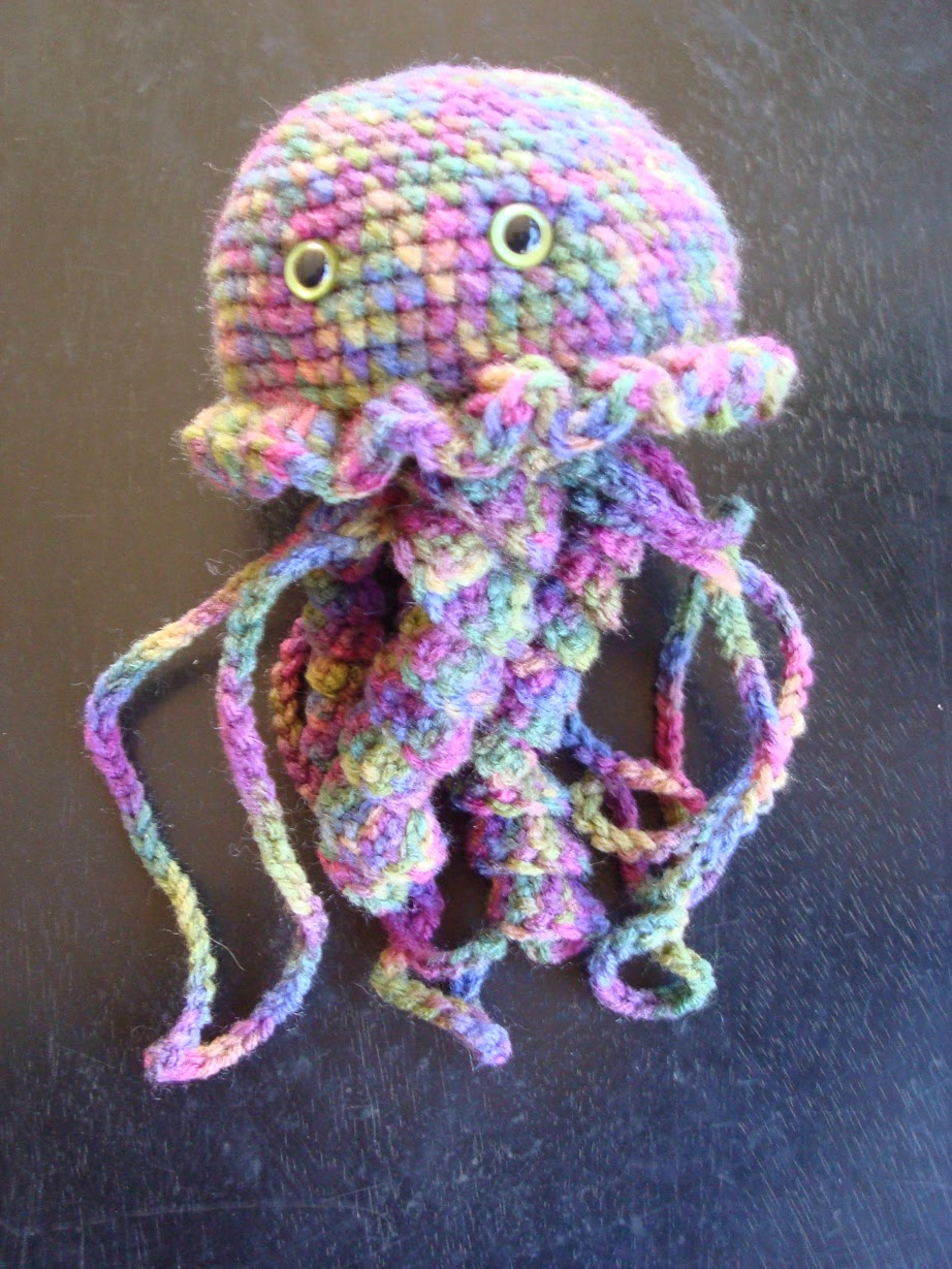 Amigurumi Jellyfish : Patterns for amigurumi misterpattern