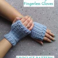 Women's Sweet Delight Fingerless Gloves ~ EyeLoveKnots