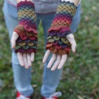 Dragon Scale Fingerless Gloves by Jessica Bowman from Psychedelic Doilies
