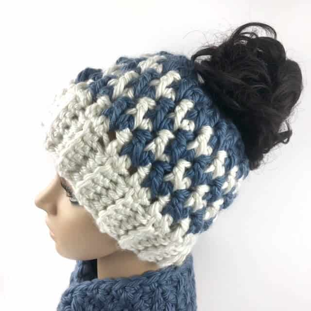 the kaydence houndstooth messy bun hat crochet pattern