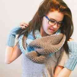 Soft, Reversible, Amazing! This Polly Infinity Super Scarf Crochet Pattern is easy enough for an adventurous beginner and creates a warm winter scarf that gets all the fashion points this season. It's remarkable! #freecrochetpattern #pollysuperscarf #superscarfcrochetpattern #scarfcrochetpatternfree #scarfcrochetpattern #infinityscarfcrochetpattern #reversiblescarf