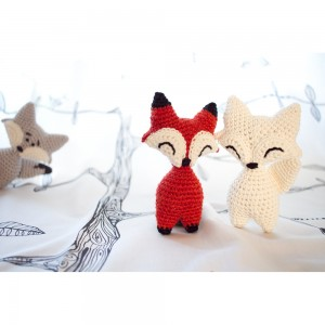 Amigurumi crochet fox and wolf